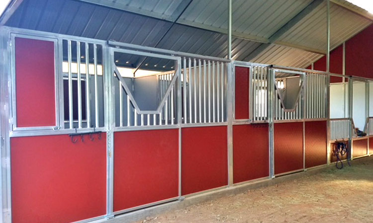 Coffman Barns Estate Series Horse Stalls