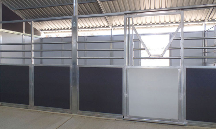 Coffman Barns Ranch Series Horse Stalls